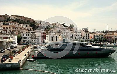 Motorboten in Ibiza