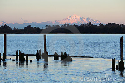 Mount Baker View, Fraser River