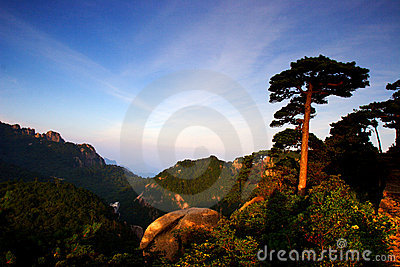mount huangshan sunrise in July 2007
