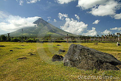mount mayon volcano landscape philippines