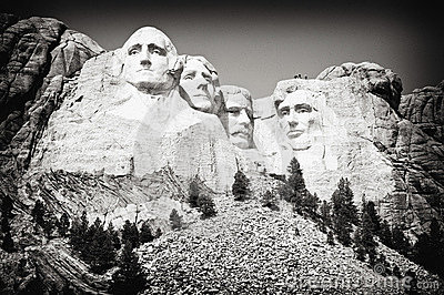 Mount Rushmore Sideview