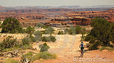 Mountain Biking Canyonlands