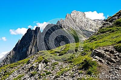 Mountain, Gramais