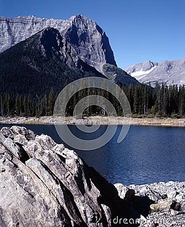 Free Mountain Lake British Columbia Canada Royalty Free Stock Photos - 2707928