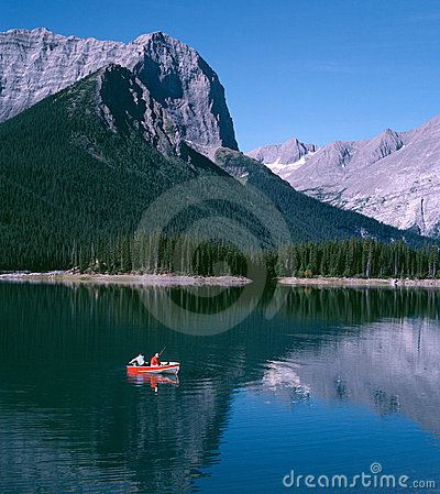 Free Mountain Lake Fishing Alberta Canada Stock Photos - 6816513