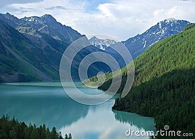 Mountain lake Kucherlinskoe 2