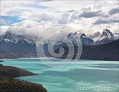 Torres del Lake, Patagonia, Chile