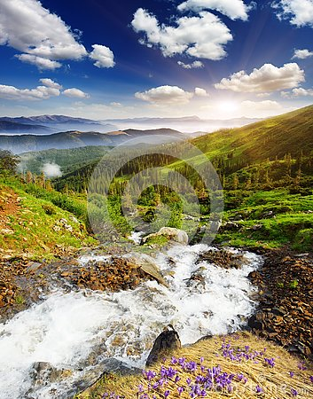 Free Mountain Landscape Royalty Free Stock Photography - 141283377