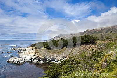Mountain Landscape in California s Big Sur
