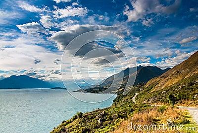 Mountain scenery at lake pukaki