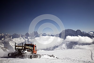 Mountain vehicle