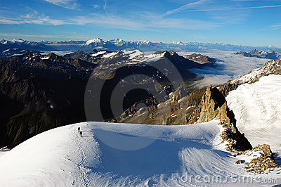Mountaineers Mont Blanc 3