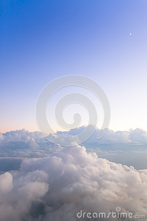 Free Mountains Of Clouds Royalty Free Stock Images - 27593689