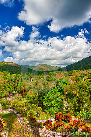 Mountains and tropical valleys in Cuba