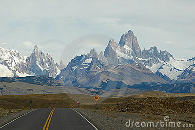 Mounts Fitz Roy and Torre from road to El Chalten