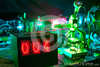 Movement of microparticles by laser in lab