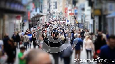 Movimento lento do deslocamento da inclinação de Bruxelas do tráfego pedestre da cidade