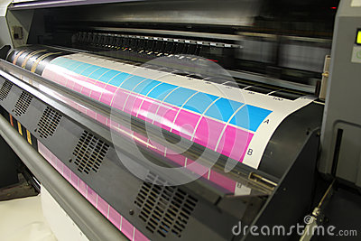 Moving head digital printing cyan magenta