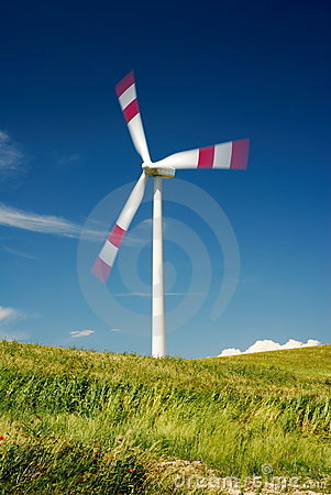 Moving wind turbine