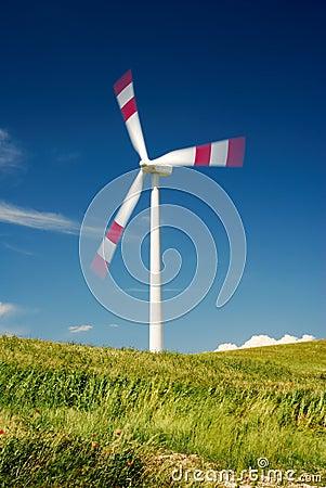 Moving wind turbine