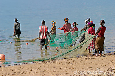 Mozambican Fischer Redaktionelles Stockfotografie
