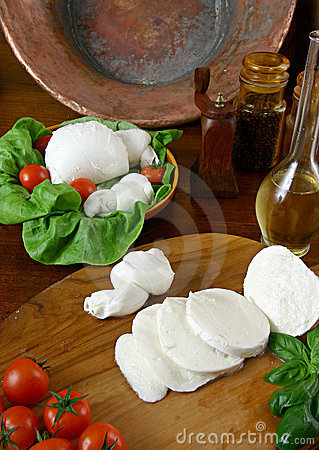 Free Mozzarella Stock Photos - 1766153
