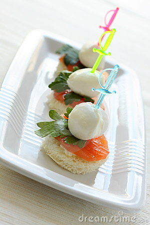 Mozzarella Cheese canape