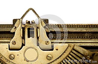 Máquina de escrever envelhecida