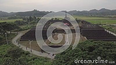 MRAUKU/MYANMAR - 29 novembre 2018 : Très beaux paysages à l'U de Mrauk, Etat Rakhine, Myanmar banque de vidéos