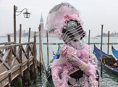 Máscara Venetian com Rosa Foto Editorial