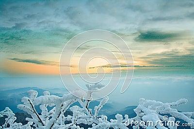 Mt. Emei snow