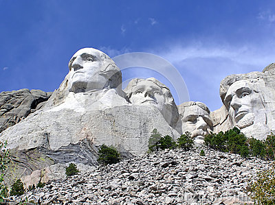Mt. Rushmore a tourist attraction in South Dakota