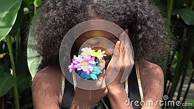 Muchacha africana adolescente triste y gritadora almacen de video