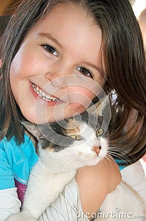 Muchacha con el gato