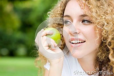 Muchacha y Apple