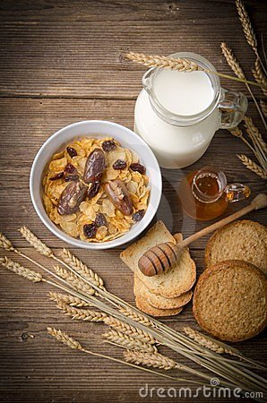 Muesli with milk and rusk