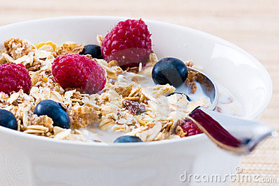Muesli with Raspberries and Blueberries