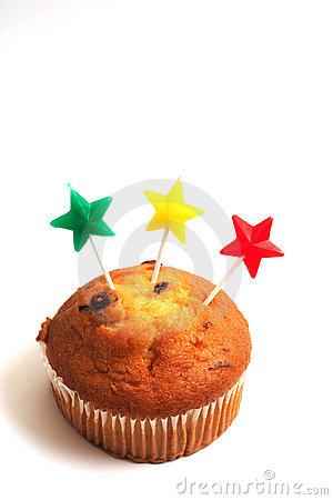 Muffin and star candles