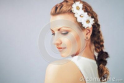 Mujer apacible joven