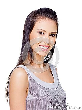 Mujer con sonrisa dentuda alegre