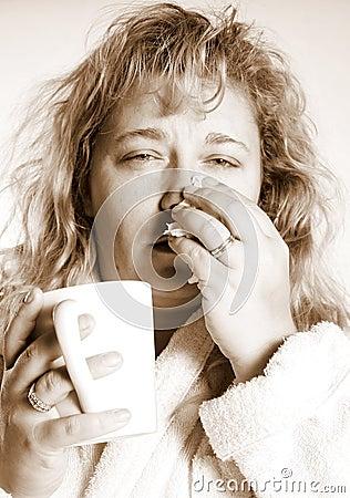 Mujer con un frío