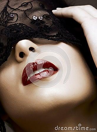 Mujer en máscara