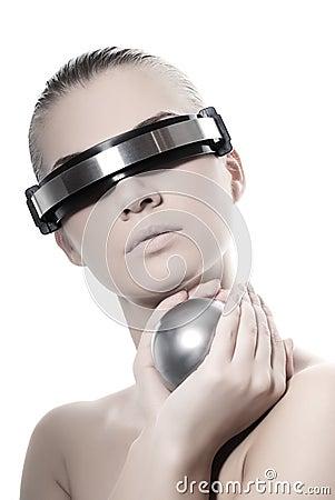 Mujer cibernética hermosa