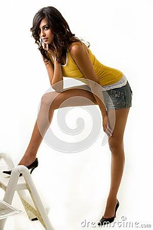 Mujer larga de la pierna