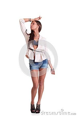 Mujer positiva en cortocircuitos