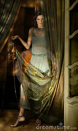 Mujer y tela