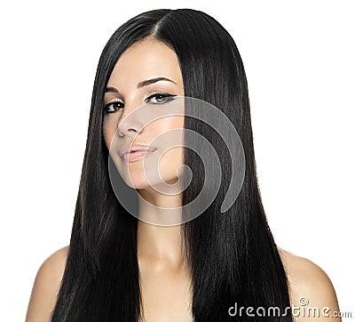 Mulher com cabelo reto longo
