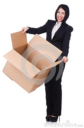 Mulher com lotes das caixas