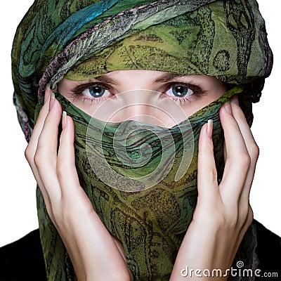 Mulher com véu