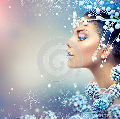 Mulher da beleza do inverno